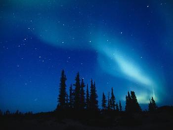 aurora borealis-clear-night-sky-aurora-borealis.jpg