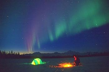 camping Alaska-camping-under-northern-lights_576.jpg