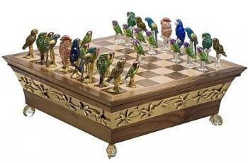Board Games-parrot_chess_set.jpg
