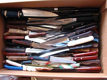 "I'll bet that you don't collect ""kitchen knives""....I DO! Check mine!-img_5147.jpg"