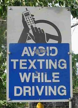 New Texting/Driving Laws in Texas-avoid-texting-while-driving.jpg