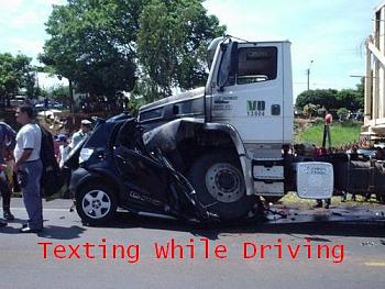 New Texting/Driving Laws in Texas-texting-while-driving.jpg