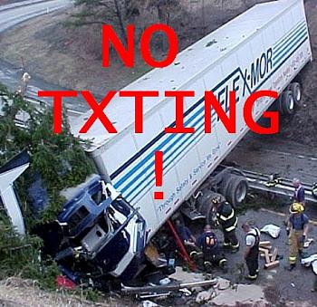 New Texting/Driving Laws in Texas-txting-truck-accident-semi-wreck-18-wheeler-accident.jpg