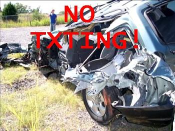 New Texting/Driving Laws in Texas-12053259_bg2.jpg
