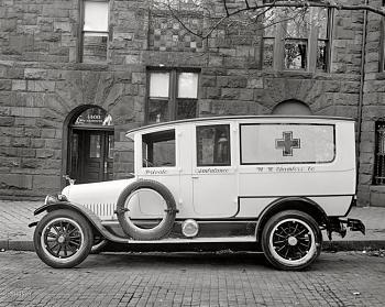 Old Trucks-private-ambulance.jpg