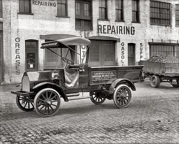 Old Trucks-witt-will-motor-truck-plant-52-n-street-n.e..jpg