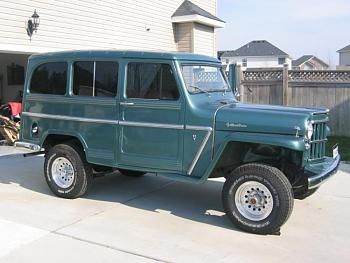 Old Trucks-32279990005_large.jpg