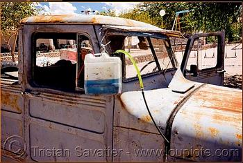 Older Jeeps-rust-bucket.jpg