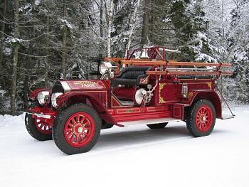Old Trucks-gildedvehicle.jpg