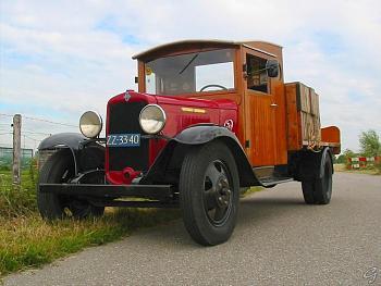 Old Trucks-l-car.jpg