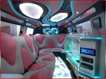 Any Jeep Lovers out there?-pinkhummerlimointerior.jpg
