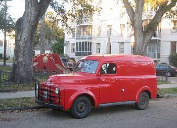 Old Trucks-1953dodgeredpaneltruck.jpg