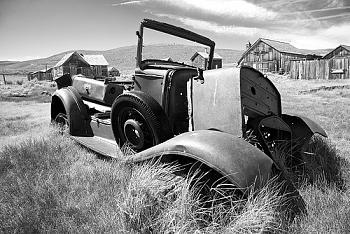 Old Trucks-2647893830_fbbc42f011.jpg