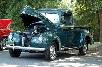 Old Trucks-old-classic-trucks-800x800.jpg