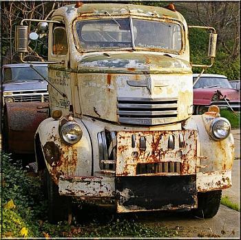 Old Trucks-towing-1_edited-1.jpg