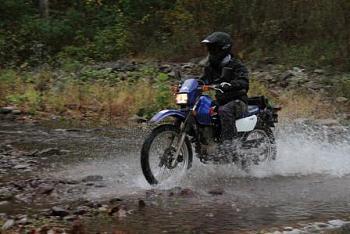 Dual Sport Motorcycles-s500-stream-crossing.jpg