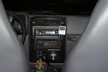 New Stereo for truck-dusty-mess.jpg