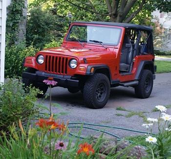 You got a jeep?-5851_1114882026070_1047517115_30291564_8047026_n.jpg