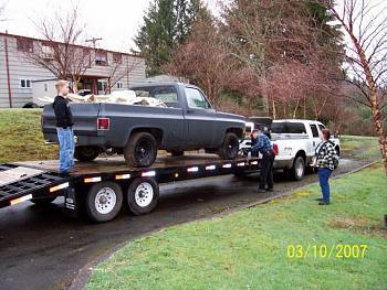 Old Trucks-26011_1211055887476_1561123865_30478157_574166_n.jpg