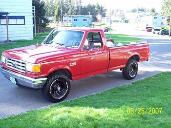 Old Trucks-user23931_pic1129_1272431680.jpg