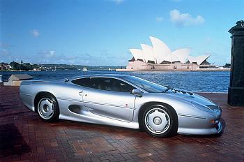 15 Awesome Supercars the Feds Won?t Seize-1992-1994-jaguar-xj220.jpg