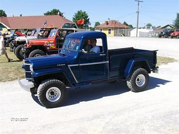 Old Trucks-jeeptruck.jpg