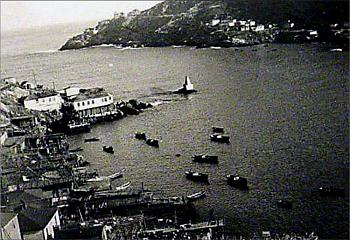 St. John's, Newfoundland, Canada - Photo Thread-st.-johns-harbor-%3D-1952-53.jpg