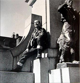 St. John's, Newfoundland, Canada - Photo Thread-world-war-ii-memorial-st.-johns-nfld.-1952-53.jpg