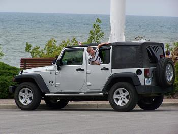 Lets see everyones Canadian jeeps-100_2219.jpg