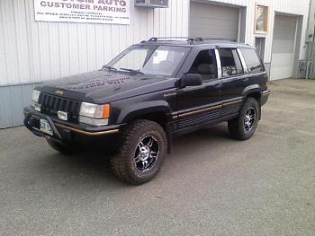 Lets see everyones Canadian jeeps-0624101937-00.jpg
