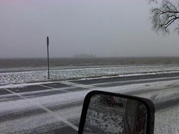 Snow shovels-img00354-20111228-1520.jpg