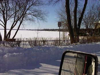 Snow shovels-img00363-20120114-1236.jpg