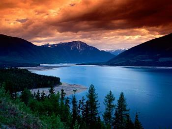 The Canadian Picture Thread!-upper_arrow_lake_british_columbia_canada.jpg