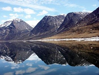 The Canadian Picture Thread!-baffin_03_062_3mountainreflect.jpg