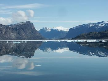 The Canadian Picture Thread!-baffin_03_050_pangfjordreflect.jpg
