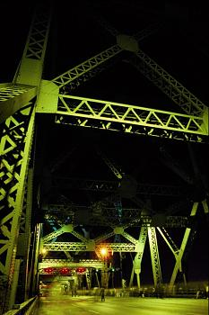 The Canadian Picture Thread!-people-jacques-cartier-bridge-night-montreal-quebec-canada.jpg