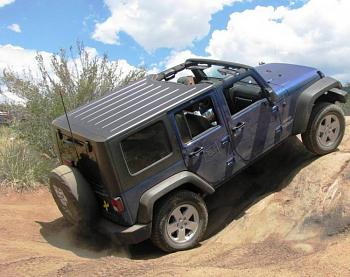 Who goes off roading here?-todd_on_chinawall%5B1%5D.jpg