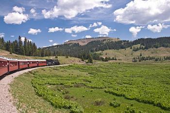 Where to go in Colorado-cumbres_and_toltec_scenic_railroad.jpg