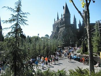 Harry Potter World-68021_1675354682608_1199677285_1888289_4108969_n.jpg
