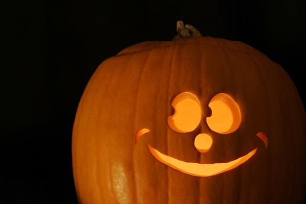 Free pumpkin carving patterns freebies city profile forum for Easy fun pumpkin carving idea