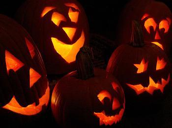 Free Pumpkin Carving Patterns-6_pumpkins.jpg