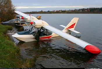 Aviation People-hydroplane-corvette.jpg