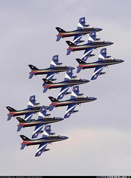 Aviation People-aermacchi-mb-339pan.jpg
