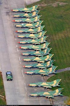 Aviation People-hungarian-mikoyan-gurevich-mig-21bis.jpg