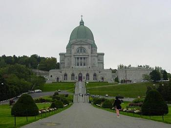 What's your City Famous For?-montreal_st_joseph_oratory.jpg