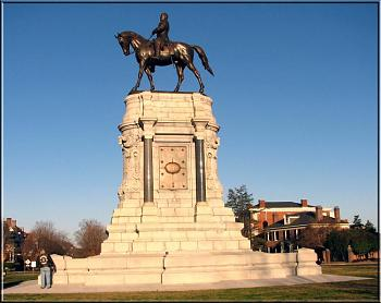 What's your City Famous For?-boozefighters%2520at%2520the%2520general%2520robert%2520e_%2520lee%2520monument-%3D.jpg