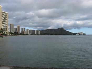 Rainy seasons on the islands?-christmas-eve-diamondhead.jpg