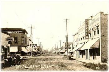 Anyone have any vintage photos of your town?-oldphoto4.jpg