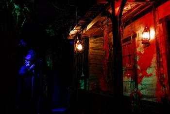 Haunted Houses in Southern California-14533_103481713001979_100000204535861_99795_2773468_n.jpg