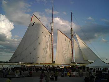 Hello everyone-dockingundersail.jpg